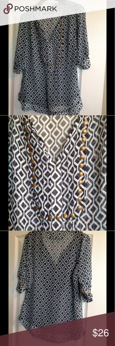 41Hawthorn Stitch Fix Moni Stud Blouse Beautiful and fun blouse by 41Hawthorn In great condition! Navy and light blue in color. 41Hawthorn Tops Blouses