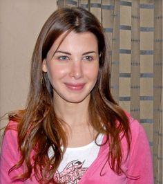 Nancy Ajram sans makeup.