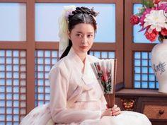 Korean Fashion Dress, Fashion Dresses, Beautiful Chinese Girl, Scarlet Heart, Korean Actresses, Nara, Flower Girl Dresses, Poses, Wedding Dresses
