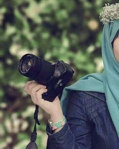 Image about hijab in girls cute✌ by # بقلاوة ⊙_× Cute Girl Photo, Girl Photo Poses, Girl Photography Poses, Photo Shoot, Photography Hacks, Dps For Girls, Girls With Cameras, Hijabi Girl, Girl Hijab