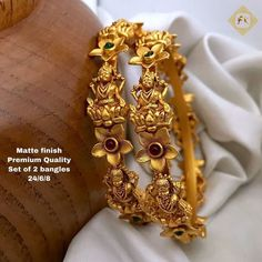 Florance Fashion added a new photo. Gold Bangles Design, Gold Jewellery Design, Gold Jewelry Simple, Simple Necklace, Gold Mangalsutra, Indian Wedding Jewelry, Luxury Jewelry, Antique Jewelry, Antique Gold