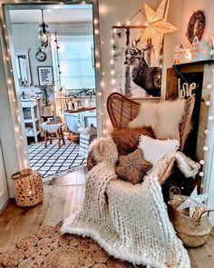 Cute Room Ideas, Cute Room Decor, Room Ideas Bedroom, Bedroom Decor, Attic Bedroom Ideas For Teens, Wood Bedroom, Bedroom Inspo, Casa Hipster, Aesthetic Room Decor