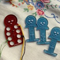 Embroidery floss organizer and bobbins - Russian nesting dolls
