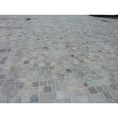 Pavé en grès Kandla Gris Outdoor Gardens, Tile Floor, Van, Patio, Flooring, Home Decor, Gardens, Terraces, Balcony