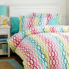 Palm Beach Duvet Cover + Sham from PBteen. Saved to Bedding Love. Shop more products from PBteen on Wanelo. Girls Duvet Covers, Twin Size Duvet Covers, Bed Covers, Beach Bedroom Decor, Girls Bedroom Furniture, Bedroom Ideas, Teen Girl Bedrooms, Teen Bedroom, Preppy Bedding