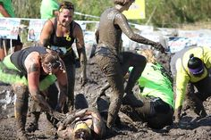 Photos from Pretty Muddy Chicago - a pretty mud fight! via @Pretty Muddy