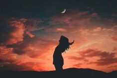Silhouette Photo Of Woman During Dawn Color Palette - Color Name Identifier Photoshop For Photographers, Photoshop Photography, Christmas History, Christmas Essay, Sunset Silhouette, Silhouette Photo, Magical Home, Android, Ios Wallpapers