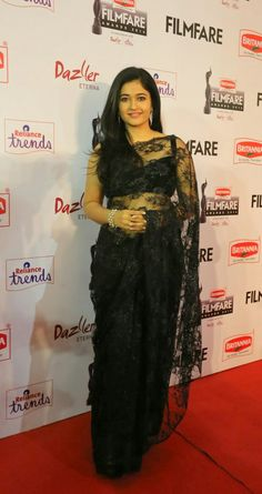 Poonam Bajwa on Red carpet. Wrapped herself in black shear saree. Beautiful Girl Indian, Beautiful Saree, Beautiful Indian Actress, Aunty In Saree, Salwar Dress, Black Saree, Indian Celebrities, South Indian Actress, India Beauty