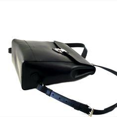 Hand-stitched spanish vachetta leather backpack. Black Leather Backpack, Hand Stitching, Black Women, Spanish, Backpacks, Studio, Bags, Handbags, Spanish Language
