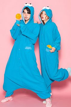 블루몬스터 잠옷 Anime Art Girl, Rain Jacket, Onesies, Windbreaker, Pajamas, Sleep, Illustrations, Fashion Outfits, Couples