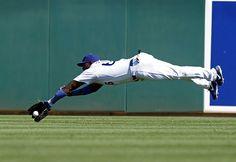 Los Angeles Dodgers: Yasiel Puig Airbourn