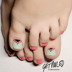 Toe Nail Art Collections To Make You Look Perfect - Nail Polish Addicted Pedicure Designs, Manicure E Pedicure, Toe Nail Designs, Acrylic Nail Designs, Cute Toe Nails, Toe Nail Art, Love Nails, Pretty Nails, Summer Toe Nails