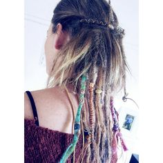 Another partial dreads hairstyles is to have your hair smooth on top and dreaded at the back. An under dread style lets you accentuate your locs as much or as little as you like. My client has only got about a quarter of her hair locked but with the wraps, beads and colours of her dreadlock extensions, her look becomes quite prominent. Dreadlocks Pictures, Partial Dreads, Female Dreads, Dreadlock Extensions, Dreads Styles, Hair Locks, Dreadlock Hairstyles, Smooth Hair, Locs