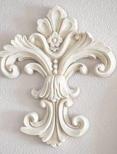 Wood Carving Ideas For a Rustic Home Decor – Design and Decor Wood Carving Designs, Wood Carving Patterns, Wood Carving Art, Wood Art, Art Sculpture En Bois, Molduras Vintage, Plaster Art, Lamp Makeover, Ornaments Design