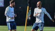 Leo Messi, entrenando con Argentina junto a Mascherano