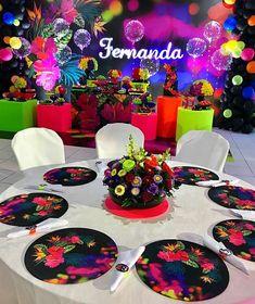 14 Birthday Party Ideas, Neon Birthday, Sweet 16 Birthday, Girl Birthday, Glow Party, Disco Party, Candy Party, Neon Party Decorations, Neon Cakes