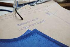Leather shoulder bag, The Talega - pattern, guideline. BenchBags factory