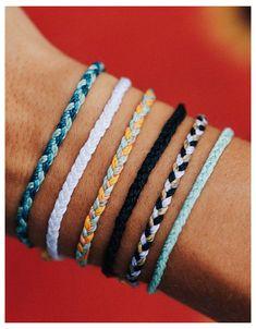 Diy Bracelets Easy, Thread Bracelets, Summer Bracelets, Bracelet Crafts, Braided Bracelets, Cute Bracelets, Ankle Bracelets, Diy Embroidery Bracelets, Diy Bracelets With String