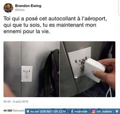 Omg if someone did that at an airport Funy Quotes, Funny French, Lol, Funny Memes, Jokes, Everything Funny, School Memes, Derp, Funny Posts