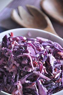Surówka z kapusty czerwonej z marchewką, burakiem piecz… na Stylowi.pl Gnocchi, Tofu, Quinoa, Cabbage, Vegetables, Dishes, Cabbages, Vegetable Recipes, Brussels Sprouts