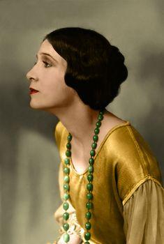 "Olive Ann Alcorn.  Actress, 1920's.  I love the ""tucked"" bob (she actually had very long hair.)"