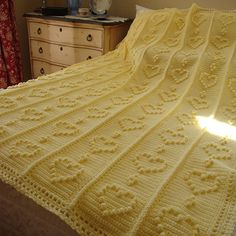 Home is Where the Heart is: ~Sweetheart Blanket~ free pattern jpg (Prints out just fine. I think this is just beautiful! Crochet Bedspread, Afghan Crochet Patterns, Baby Blanket Crochet, Crochet Baby, Knit Crochet, Crochet Blankets, Baby Blankets, Crochet Afghans, Love Crochet