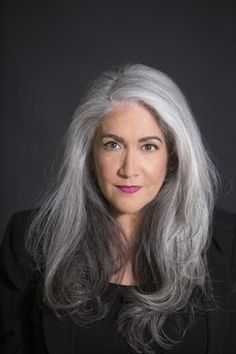 Salt and pepper gray hair. Grey hair. Silver hair. White hair. Granny hair. No dye. Dye free. Natural highlights. Aging and going gray gracefully. #transitiontonaturalhair