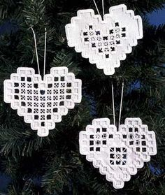 Hardanger Heart Ornaments kit - White More