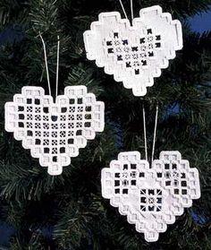 Hardanger Heart Ornaments kit - White