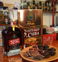 Rum Santiago de Cuba Extra Aged 25 year's in fine pairing with italian chocolat.