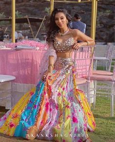 Here are Indian bridesmaids outfits ideas for 2020 that you can try out! Indian Bridesmaid Dresses, Indian Gowns Dresses, Indian Bridal Outfits, Indian Bridal Fashion, Indian Fashion Dresses, Dress Indian Style, Indian Designer Outfits, Bridesmaid Outfit, Indian Wedding Guest Dress