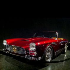 Classic Maserati – Cars is Art Sexy Cars, Hot Cars, Classic Sports Cars, Classic Cars, Supercars, Bugatti, Automobile, Vintage Trends, Cabriolet