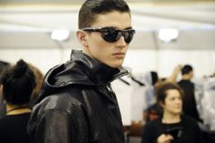 47 on FASHIONTOGRAPHER  http://fashiontographer.com/louis-vuitton-ss15-backstage/