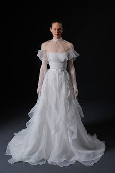 See Isabelle Armstrong Wedding Dresses From Bridal Fashion Week Wedding Dress Trends, New Wedding Dresses, Bridesmaid Dresses, Wedding Ideas, Bridal Looks, Bridal Style, Isabelle Armstrong Wedding Dresses, Traditional Gowns, Bride Gowns