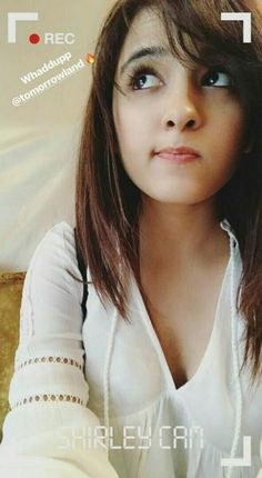 Shirley Setia Stylish Girl Images, Stylish Girl Pic, Beautiful Bollywood Actress, Beautiful Indian Actress, Shirley Setia, Cute Poses, Girls Image, Celebs, Celebrities