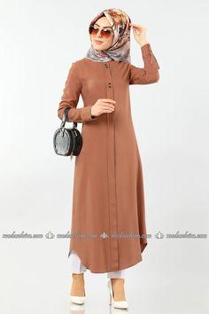 Accessory Buttoned Hijab Tunic Taba – ModaSelvim – My Everything Modest Dresses, Stylish Dresses, Simple Dresses, Muslim Women Fashion, Islamic Fashion, Abaya Fashion, Fashion Outfits, Abaya Mode, Hijab Stile