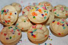 Confetti Mini Muffins | 1 scoop birthday cake/vanilla whey powder, 1/2c. white beans, 2T. applesauce, 1T. egg whtie, 1T. milk, 1t. vanilla, 1/2t. baking powder | Puree beans, applesauce, milk, egg, and vanilla; stir in rest of ingredients and pour into greased/lined muffin tins; bake @ 350 for 10 minutes