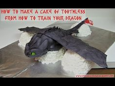 How to Make a Cake of Toothless from How to Train Your Dragon