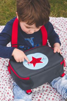 Lunch Bag and Insulated Cool Lunch Box Convertible Toddler Backpack Kiwisac Viking Star for Kids Women and Adults for Picnic and School Cool Lunch Boxes, Kids Lunch Bags, Toddler Backpack, Baby Diaper Bags, Baby Products, Convertible, Backpacks, Women, Bebe