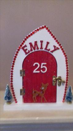 Christmas Fairy, Xmas, Christmas Ornaments, Elf Door, Fairy Lanterns, Elf Ideas, Fairy Doors, Scroll Saw, Fairy Houses