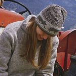 Knitted hat with wolf motif - Canadian Living