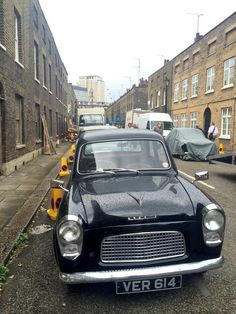 Much excitement re Kray twins movie filming in Roupell Street & environs, London