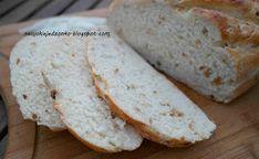 pyszny,pachnący,z chrupiącą skórką.....polecam na śniadanko....          Składniki:   600 g mąki pszennej   30 g świeżych drożdży   2 ł...