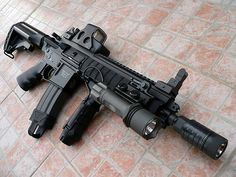 H & K 416 great functioning weapon especially in water or wet. - www.Rgrips.com