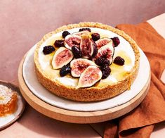 Honey is the hero in this luscious dairy-free tart, which combines a crunchy nutty base with a creamy filling and fresh seasonal fruit. It's best kept refrigerated until you're ready to serve. Blackberry Recipes, Fig Recipes, Sweet Recipes, Baking Recipes, Vegetarian Recipes, No Bake Desserts, Just Desserts, Dessert Recipes, Health Food Shops