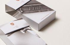 Kleine Schachtel mit Block und Stift als kleines Geschenk Box, Notebook, Stocking Stuffers, Packaging, Snare Drum, Boxes
