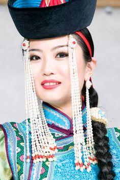Female halha-mongol (Central Mongolia) headwear