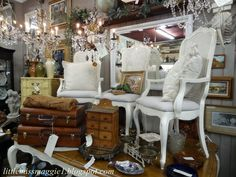 """""""What Sells And What Doesn't: Antiques Mall In California"""", interesting blog post on what's trending in CA"""