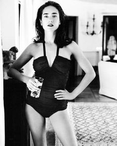 Hot photos of Jennifer Connelly, one of the hottest actresses of all time. Paul Bettany is a lucky, lucky man. One of the hottest celebrity geniuses, Jennifer Connelly has always been beautiful ever since she was young. These Jennifer Connelly pics were taken from several different sources,...