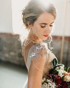 Svatební líčení a účesy nalíčená a učesaná nevěsta | Czech Make-up House | Svatba.cz Up House, Game Of Thrones Characters, Make Up, Wedding Dresses, Instagram, Bride Dresses, Bridal Gowns, Makeup